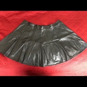 Wet look Black skirt- L